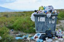 Trinkhalme und Plastikbesteck sollen verboten werden