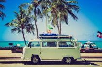 Viele buchen Urlaub weiter lieber im Reisebüro statt im Netz