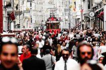 Türkei verhängt Strafzölle auf US-Autos und Alkohol