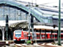 Bahn-Reisende sollen bei Verspätung höhere Entschädigung erhalten