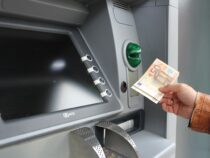 Deutsche verdienen wieder mehr, Mieten in Frankfurt und München besonders teuer, kaum Diversitität in Banken