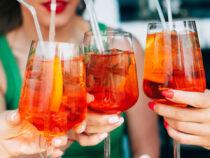 Massentierhaltung und Aperol: Worüber ich mit meinen Freundinnen wirklich rede