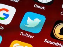 Impfraten im Osten besonders niedrig, Dax wächst auf 40 Unternehmen, Twitter führt kostenpflichtig Abos ein